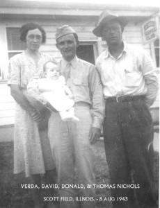 Verda David Donald & Thomas Nichols, Sott Field Ill 1943